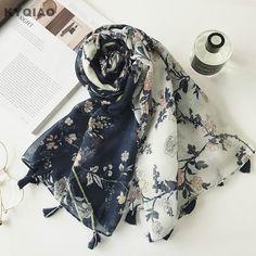 02ae84502111 Trouver plus Foulards Informations sur KYQIAO Ethniques hijab écharpe 2017  femmes automne hiver Espagne style hippie bohème longue foncé bleu blanc ...