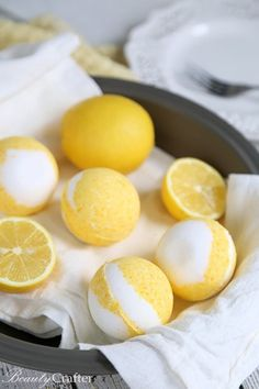 Bathing Recipes: Lemon Meringue Pie bath Bombs - DIY Vanilla lemon bath bomb recipe that smells so delicious. Bath Bomb Recipes, Soap Recipes, Best Bath Bombs, Bath Boms, Savon Soap, Soaps, Bombe Recipe, Homemade Bath Bombs, After Sun