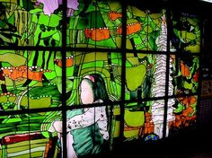 On Namboku Subway Line, Tokyo, Japan. artist: Eibin Otsu Size: W8.6 H 2.4 (m). 2000. Mouthblown LambertsGlas®, leaded stained glass