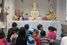 Watch #kids spending special time with #Pujya #Deepakbhai during his UK Tour in 2012. To see the pictures, visit: http://kids.dadabhagwan.org/gallery/photos/photo-gallery/category/uk+tour+2012/