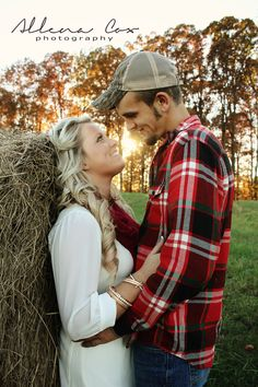 Country Engagement Photos Fall- Autumn- Outdoors- Hay- Sunset- Love- Central Kentucky Photographer Specializing in Wedding