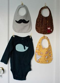 applique boy bib tutorial and free pattern // skirt as top Says it's not a trusted site but the site is GOOD! Bib Pattern, Headband Pattern, Free Pattern, Pattern Skirt, Sewing Classes For Beginners, Quilting For Beginners, Sewing Basics, Sewing Hacks, Sewing Projects