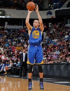 Stephen Curry had it going in the third quarter. He had 14 points, including four made 3-pointers, in the period and finished with a game-high 24 points and six assists.