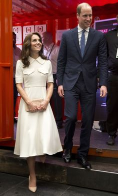 Prince William, Duke of Cambridge and Catherine, Duchess of Cambridge meets young entrepreneurs during a visit to Mumbai on April 10, 2016 in Mumbai, India.