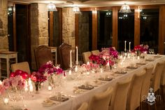 Pink Ombre wedding table styling with vintage crystal and natural linen by Penny Lane Studio Blue Mountains Florals by Floral Ink at the Emirates One and Only Wolgan Valley Resort Wedding table glass candle sticks vintage crystal Pink Fuschia Florals