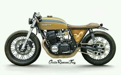 A good old Honda 750 in a perfect new outfit. It belongs in a museum of arts.