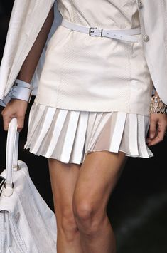 Classic Hermès pleats: white on white