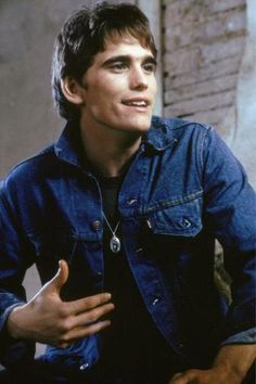Get This Special Offer The Outsiders Matt Dillon in denim jacket Poster Beautiful Boys, Pretty Boys, Beautiful People, Young Matt Dillon, Ricky Dillon, The Outsiders Cast, The Outsiders Johnny, Die Outsider, Dallas Winston