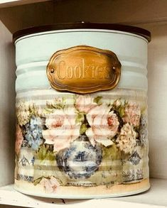 1 million+ Stunning Free Images to Use Anywhere Tin Can Crafts, Diy Home Crafts, Diy Arts And Crafts, Sewing Crafts, Recycled Tin Cans, Recycled Crafts, Decoupage Tins, Tin Can Art, Recycle Cans