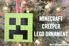 Make A Minecraft Creeper Lego Ornament! Christmas Decorations For Kids, Christmas Crafts To Make, Diy Christmas Ornaments, Holiday Crafts, Christmas Holidays, Minecraft Christmas Tree, Lego Ornaments, Lego Faces, Birthday Cards For Boys
