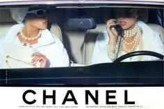Christy Turlington & Linda Evangelista for Chanel 1990 two of my favorite models Linda Evangelista, Christy Turlington, Boujee Aesthetic, Aesthetic Vintage, Look Vintage, Vintage Ads, Vintage Glamour, Vintage Chanel, Tumblr P