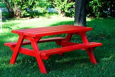 kids picnic table with free plans!