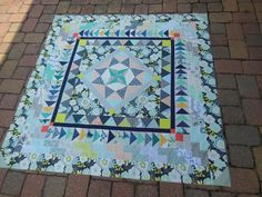 Tutorial for easy brick step border Fabrics & Flowers: It's Growing In and Out