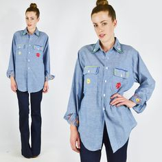 vtg 70s hippy CHAMBRAY denim jean FLORAL EMBROIDER button up shirt top men S/M/L $58.00