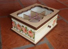 Lola Artesanías: Caja de té x 6 divisiones con decoupage