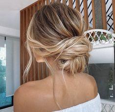 Low Bun Wedding Hair, Bridal Hair Updo, Wedding Guest Hairstyles, Wedding Hair And Makeup, Bridesmaid Hair Bun, Wedding Hair For Guests, Boho Hair Updo, Braids For Wedding Hair, Hair Ideas For Wedding Guest