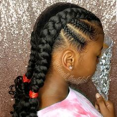 All styles of box braids to sublimate her hair afro On long box braids, everything is allowed! For fans of all kinds of buns, Afro braids in XXL bun bun work as well as the low glamorous bun Zoe Kravitz. Little Girls Natural Hairstyles, Lil Girl Hairstyles, Natural Hair Styles For Black Women, Natural Women, Black Hairstyles, Simple Natural Hairstyles, Children Hairstyles, Little Girl Braids, Braids For Kids