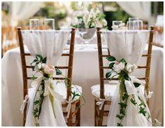 Decorar con telas las sillas para una boda