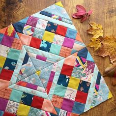 #bpsewvember day 3: inspiration  I am inspired by so many things: the outdoors, beautiful art, typography, fresh fabrics, home decor, and especially this sewing community here on IG!  This photo is by @maureencracknell - I am so inspired by her use of color + beautiful quilt making skills!