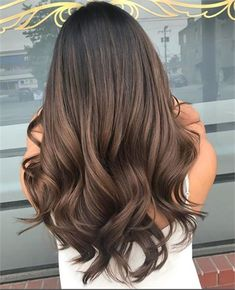 Dont want this orangey tone frisyrer Frisuren coiffures hairstyles причесок зачісок χτενίσματα 745697650782674859 Brown Hair Balayage, Brown Blonde Hair, Light Brown Hair, Hair Color Balayage, Hair Highlights, Hair Color Brunette, Long Brunette Hair, Brunette Hairstyles, Color Highlights