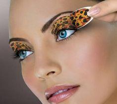8 beste Make-up-Tipps für blaue Augen - Maquillaje Makeup Tips For Blue Eyes, Blue Eye Makeup, Eye Makeup Tips, Easy Makeup, Nice Makeup, Makeup Contouring, Blue Eyeshadow, Perfect Makeup, Easy Eyeshadow