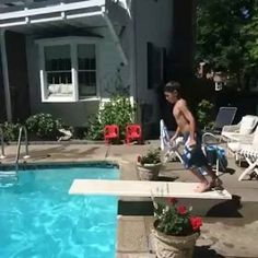 Starting the summer off right. (^_^) (VIDEO) https://www.facebook.com/photo.php?v=944734992209527&set=vb.776792315670463&type=2&theater