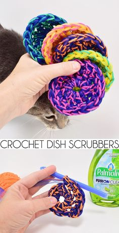 Crochet Stitches These crochet dish scrubbers have cotton for added fullness. These are the best little scrubbers you'll ever hook up! Crochet Kitchen, Crochet Home, Crochet Gifts, Crochet Yarn, Free Crochet, Cotton Crochet Patterns, Crochet Dish Scrubber, Crochet Dishcloths, Scrubby Yarn