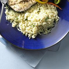 £££££ Garlic Parmesan Orzo - use less milk and butter and garlic powder. Fresh parsley a must. Cook orzo in chicken stock. Don't over cook because goes back in pan. Orzo Recipes, New Recipes, Cooking Recipes, Healthy Recipes, Favorite Recipes, Cheese Recipes, Veggie Recipes, Yummy Recipes, Yummy Food