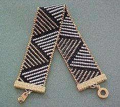 Black Gold Diagonal Triangles Bracelet by Misty Ridge Beads, Bead Loom Bracelets, Beaded Bracelet Patterns, Jewelry Patterns, Beaded Earrings, Seed Bead Jewelry, Bead Jewellery, Beaded Jewelry, Handmade Jewelry, Loom Bracelets