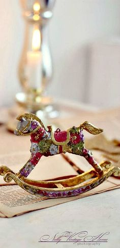 Small enamel horse.  Beautiful, ornamental.   By:  Once Upon A Time.....