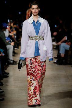 Sfilata Miu Miu Parigi - Collezioni Autunno Inverno 2016-17 - Vogue