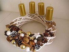 Dekorácie - adventný veniec zlatý... - 4746582_