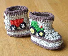 Crochet Pattern Baby Booties Tractor Booties in por matildasmeadow