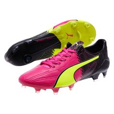 Make yourself heard with the speed and comfort of the LTHR evoSPEED SL Tricks. One Volt and One Pink boot, makes the pair of them stand out together. Use the soft feel of the leather on the ball to improve your play to help you stand out just as much as your boots. These are now available online at www.soccercorner.com.