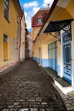 Tallinn, Estonia (by Konstantin Yolshin)
