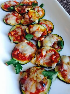 21 Day Fix Mini Zucchini Pizzas