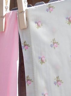 . . . Cabin & Cottage : Summer Linens