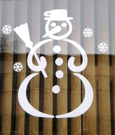 Snowman Rustic Christmas, Christmas Art, Christmas Ornaments, Christmas Window Decorations, Paper Decorations, Windows Color, Diy And Crafts, Paper Crafts, Winter Crafts For Kids