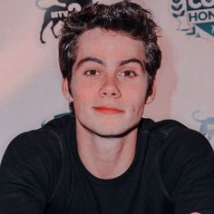 Dylan O'brien, Teen Wolf Dylan, Teen Wolf Stiles, Beautiful Boys, Pretty Boys, Arte Teen Wolf, Teen Wolf Poster, Dylan O Brien Cute, Daimon Salvatore