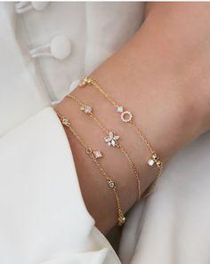 Rue Gembon Ayla Gold Bracelet Source by ruegembon gold Dainty Jewelry, Heart Jewelry, Simple Jewelry, Cute Jewelry, Silver Jewelry, Silver Ring, Boho Jewelry, Jewelry Art, Vintage Jewelry
