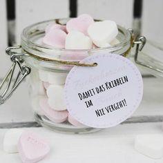 Huhu ihr Lieben. ❤ Ich habe mal wieder ein Geschenk im Glas gebastelt. Perfekt als Gastgeschenk für die Hochzeit oder als Valentinstaggeschenk. Das kostenlose Etikett findet ihr wie immer auf meinem Blog. www.diycarinchen.de . . . . #geschenk #wedding #hochzeitsgeschenk #valentinstag #basteln #bastelideen #bastelliebe #diy #doityourself #selbermachen #geschenke #liebezurkreativität #kreativität #art #loveit #love #instagood #instalove #instalove #picoftheday #mademyday #anleitung #tutorial #blog My Wish For You, Try To Remember, Gourmet Recipes, Birthdays, Presents, Place Card Holders, Gifts, Freebies, Diy Recycling