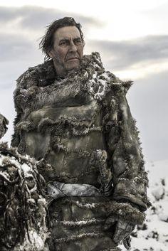 Ciaran Hinds als Mance Rayder