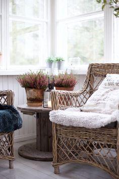 syötävää/juotavaa arkistot - Page 53 of 168 - Uusi Kuu Decor, Cottage Style, Tuscan Villa, Cottage Porch, Outdoor Rooms, Cozy House, Rustic Farmhouse, Home Decor, Balcony Design