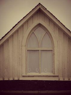 American Gothic House Window By Angelandspotdeviantart On DeviantART