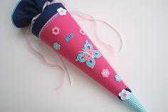 Zauberhafte+Schultüte+*+Schmetterling+*+Pink+von+Das+Werk+der+Feen+auf+DaWanda.com