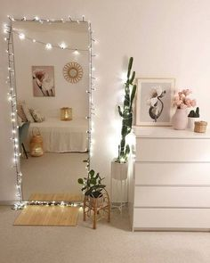 Beach Home Decor and home decor inspiration Bedroom Decor For Teen Girls, Room Ideas Bedroom, Girl Bedroom Designs, Teen Room Decor, Small Room Bedroom, Bedroom Inspo, Mirror For Bedroom, Bedroom With Couch, Bedroom Ideas For Small Rooms