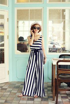 needing some b/w stripes in my life!!