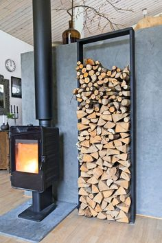 Diy Firewood Rack Ideas With Ingenious Designs - House &.- Diy Firewood Rack Ideas With Ingenious Designs – House & Living Diy Firewood Rack Ideas With Ingenious Designs – House & Living - Firewood Rack Plans, Indoor Firewood Rack, Firewood Holder, Minimalist Fireplace, Fireplace Set, Wood Holder For Fireplace, Wooden Sheds, Storage Design, Storage Ideas