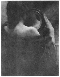 Edward Steichen    (1879 ~ 1973)    The Mirror