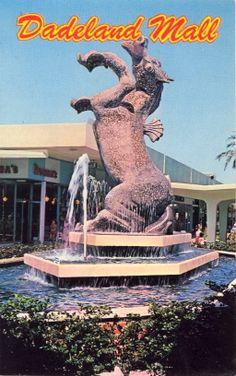 CONTORTIONIST HORSE MALL FOUNTAIN Inspiration to shop  DADELAND MALLDADELAND SHOPPING CENTERMIAMI, FLORIDA